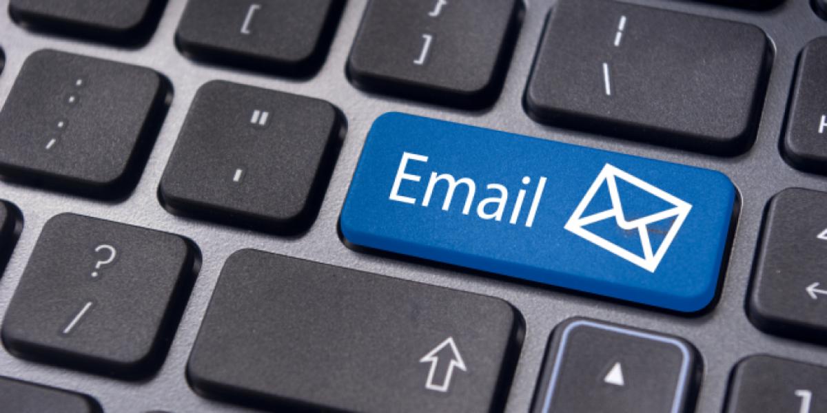 Penggunaan E-Mail Hosting dengan Nama Domain