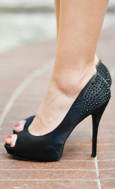 Black Full Brukat Heels