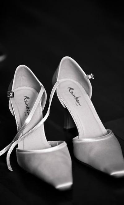 Heels Renda Putih