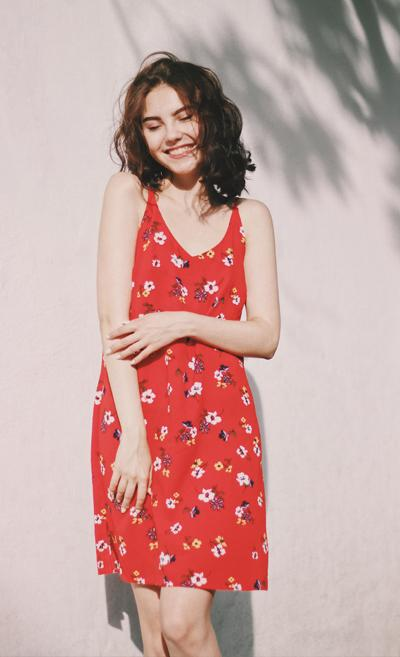 Mini Red Summer Floral