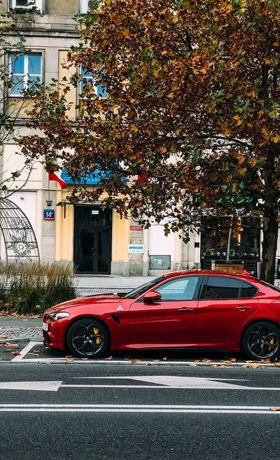 Sedan Red Metal Edition